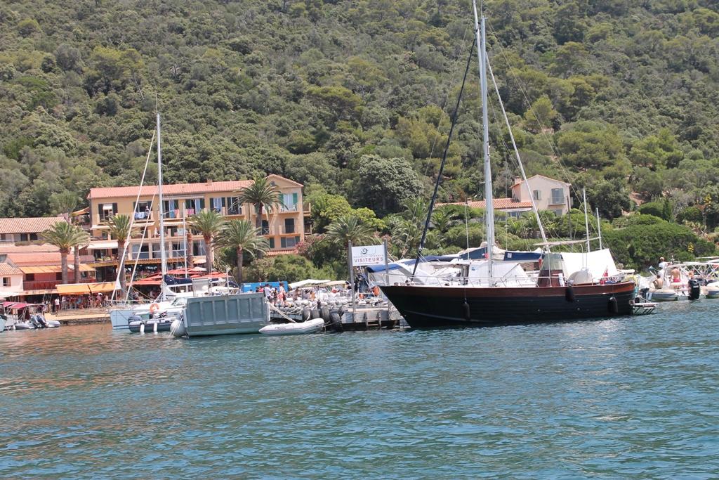 Port Cros (à proximité de Hyères)