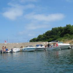 Port de St Honorat (îles de Lérins)